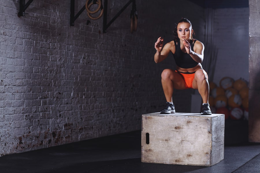 10 Exercises to Blast Fat Using Plyo Boxes main image
